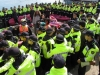 28-2sea_of_police_surround_jeju_protesters-2