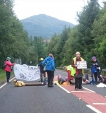 BL photo Coulport blockade 11-7-17 blockade