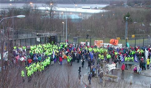 Blockade-at-Faslane